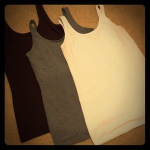 Maurices Set of 3 Tanks